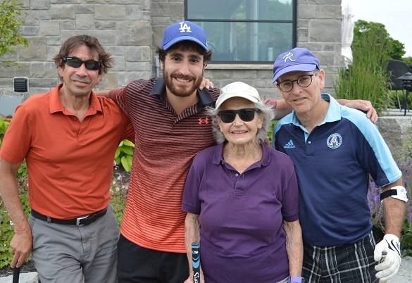 4 golf teammates